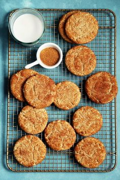 Almond Flour Snickerdoodle Cookies grain-free with very little refined sugar thanks to almond flour and maple syrup. Very quick, joy the baker Matcha, Joy The Baker, Snicker Doodle Cookies, Blueberry Scones, Galletas Cookies, Chocolate, Quick Easy Meals, Dairy Free, Gluten Free