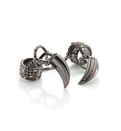 O caçador e a rainha do Gelo, coroas e jóias Ravenna (Sharlize Theron) anel de bico de corvo