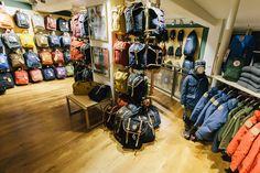 Hike and Trekking - Fjällräven Brand Store Amsterdam viert traditioneel Zweeds feest