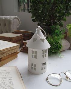 Lanterna bianca in ferro diametro cm 10 h 18