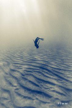 Lost in underwater desert : www.27mm.net