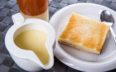 かき氷にたっぷりかけるとおいしい「練乳」。実はおうちで簡単に作れるのはご存知でしたか?買うと意外と高い練乳も、お家で作ればとってもリーズナブルに楽しむことができますよ。今回は簡単な作り方からおすすめのアイディアレシピまでご紹介します。