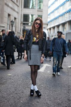Street Style - leather jacket - monstylepin #fashion #streetstyle #leather #jacket #print