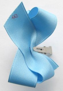 How To Make Boutique Hair Bow--2--Creasing & Attaching Clip : Hip Girl Boutique LLC, Free Hairbow Instructions, Ribbons, Hair Bows and Clips, Hairbow Hardware and More