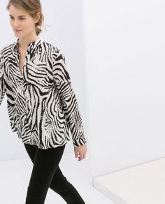 BLUSA  ESTAMPADO  CEBRA  · ZARA · 29.95€  primavera  moda  tendencia   printanimal 63de2b118c