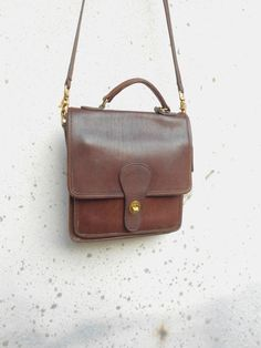 Vintage Leather Bag COACH No. 0644-303 Distressed by VindicoShop