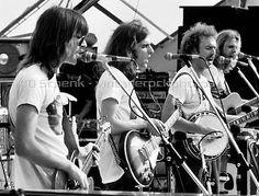 Randy Meisner, Glenn Frey, Bernie Leadon and Don Felder, Eagles. Music Love, Music Is Life, Great Bands, Cool Bands, History Of The Eagles, Bernie Leadon, Best Selling Albums, Randy Meisner, Eagles Band