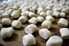 Ricotta gnocchi, or gnudi, a the ideal introduction to pasta making: quick and easy to make, they are delicious served with a simple tomato sauce. Making Gnocchi, Easy Tomato Sauce, Ricotta Gnocchi, Pecorino Cheese, Stuffed Mushrooms, Stuffed Peppers, Pasta Shapes, Pasta Maker, Fresh Pasta