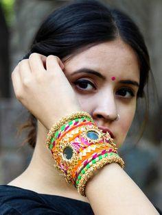 Silk Thread Bangles Design, Thread Jewellery, Tassel Jewelry, Fabric Jewelry, Diy Jewellery, Flower Jewelry, Fashion Jewellery, Women's Jewelry, Jewelry Ideas