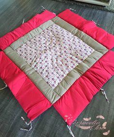 Voila j'ai trouvé LE tapis de parc que je voulais, celui qui me fait rêver pour ma Mini Girl qui arrive bientot :) Le tapis de par...