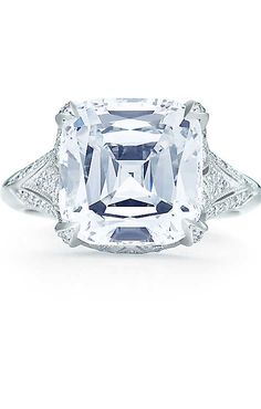 Tiffany & Co. Tiffany Legacy® diamond ring in platinum with round brilliant diamonds Tiffany & Co., Tiffany Rings, Ring Verlobung, Diamond Are A Girls Best Friend, Jewelry Trends, Diamond Jewelry, Diamond Cuts, Fine Jewelry, Jewellery