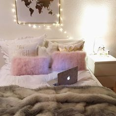 Image about room in No place like home by Dream Rooms, Dream Bedroom, Girls Bedroom, Bedrooms, Bedroom Layouts, Bedroom Themes, Bedroom Decor, College Room Decor, Teen Room Decor