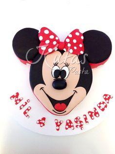 Minnie Mouse Pasta 4 yas kız çocuk pastası olarak hazırlandı.