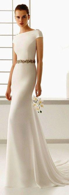 Rosa Clara 2016 bridal collection bateau neckline short sleeves clean simple white sheath wedding dress denise full