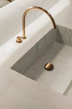 Indigo Home Accessories - Indigo Home Accessories - deko dezente muster korbKleine Badezimmer Design Ideen – Lesen Sie unsere Bad design-Ideen, Ti. Küchen Design, Layout Design, House Design, Design Ideas, Design Trends, Sink Design, Good Design, Bath Design, Bathroom Interior