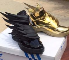 HOT-BUNDLE-Adidas-Jeremy-Scott-WINGS-3-0-JS-Gold-AND-Black-Batman-100-Authentic