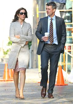 Princess Mary Donaldson - Princess Mary Donaldson And Prince Frederik Window Shopping In New York