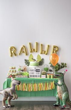 Fun and Easy Dinosaur Birthday Party Decorations for boys on a budget. In order to build up sense of ritual, celebrating birthday with a wonderful birthday party from one year old. Hope you guys could get inspired from this gallery.