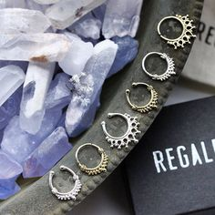 designers 2017 italian boho 2018 new Septum Piercing Jewelry, Piercing Tattoo, Ear Piercings, Septum Ring, Piercings Bonitos, Face Jewellery, Magical Jewelry, Pretty Rings, Ring Designs