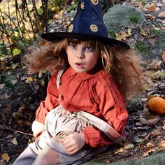 The last one from the new post thank You for Your support it means so much to me thank You Maria for amazing collectiondesigner of @yellowpelota #yellowpelota @shanandtoad #shanandtoad #halloween #witch #pumpkin #halloween2015 by whitewoodenhouse