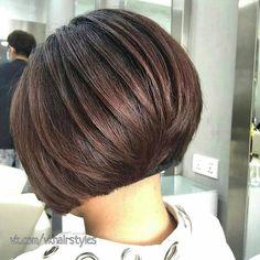 New Bob Haircuts 2019 & Bob Hairstyles 25 Bob Hair Trends for Women - Hairstyles Trends Bob Haircuts For Women, Bob Hairstyles For Fine Hair, Layered Bob Hairstyles, Short Bob Haircuts, Hairstyles Haircuts, Haircut Bob, Trendy Hairstyles, Short Hair With Layers, Short Hair Cuts