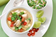 Green Thai fish curry Fish fillets are poached to perfection in this creamy coconut soup with a bite. Detox Recipes, Curry Recipes, Fish Recipes, Whole Food Recipes, Healthy Recipes, Seafood Recipes, Coconut Fish, Coconut Soup, Green Thai