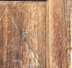 old wooden door detail di Donatella Tandelli, foto stock royalty free #78686763 su Fotolia.com