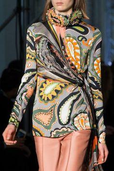 Emilio Pucci at Milan Fashion Week Fall 2017 - Details Runway Photos Fashion Week, Fashion Show, Milan Fashion, Emilio Pucci, Inspiration Mode, Fashion Details, Most Beautiful, Ready To Wear, Kimono Top