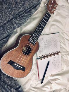 Ukulele Art, Ukulele Songs, Guitar Art, Music Guitar, Cool Guitar, Ukulele Tumblr, Acoustic Guitar Case, All The Bright Places, Guitar Photography