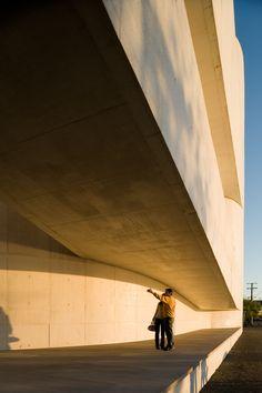 Gallery of Iberê Camargo Foundation: Standards and Variations - 52