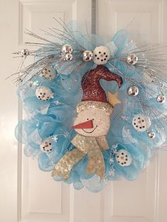 Snowman Wreath tutorial for Christmas or January.