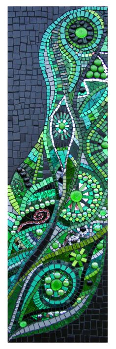 contrast of bright green swirls next to matte black. Mosaic by JulieEdmunds-Mosaic on deviantART Pebble Mosaic, Mosaic Wall Art, Tile Art, Mosaic Glass, Mosaic Tiles, Mosaic Crafts, Mosaic Projects, Mosaic Designs, Mosaic Patterns