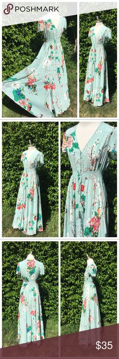 d18f1d1dd Stunning Mint Green Floral Summer Dress S EUC This dress is amazing and so  fun to