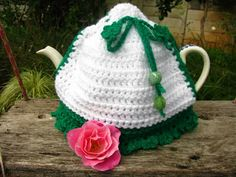 Finally, I can reveal my Irish Project. I made a tea cosy inspired from a bought tea cosy brought back from Ireland about two years ago wh. Irish Tea, Teapot Cover, Tea Cosies, Tea Cozy, Tea Accessories, Drinking Tea, Cosy, Christmas Ornaments, Knitting
