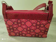 Triple pochette ChaChaCha rouge en simili comodo et coton cousu par Solange - Patron Sacôtin