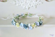 Wedding flower crown Blue White floral hair wreath Boho by Vualia #blueflowercrown #summerweddingcrown #rosescrown
