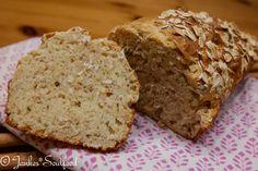 Brot ohne hefe backen Zutaten: 200g Saure Sahne 200ml Milch 280g Dinkelmehl 1 1/2 TL Salz 3 gestrichene TL Backpulver 80g + 2 EL Haferflocken etwas Fett für die Backform 1 Kastenform