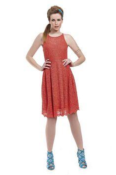 Φόρεμα δαντέλα σε γραμμή Cinderella πάνω από το γόνατο με ραντάκια και πιέτες στην φούστα