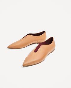Minimalist Shoes - My Minimalist Living Pretty Shoes, Beautiful Shoes, Zapatos Louis Vuitton, Shoes Sandals, Dress Shoes, Flat Shoes, Zara Flats, Minimalist Shoes, Pointed Flats