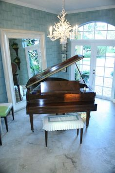 Designer Marty Lowe featured 3643 Split Bamboo color Blue Daiquiri in the piano room of residence, Delray Beach, Florida.