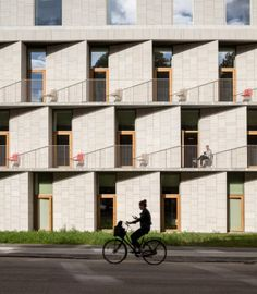 The Danish architectural firm 3XN has recently designed a new patient hotel and administrative building for Rigshospitalet, Denmark's leading hospital, in Copenhagen.