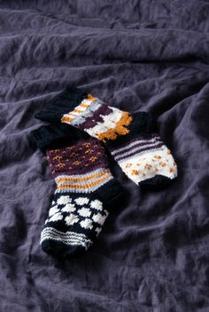 KOTIPALAPELI Marimekko Fabric, Winter Accessories, Needlework, Knit Crochet, Gloves, Make It Yourself, Knitting Ideas, Sewing, Blog