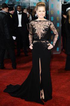 Repasamos los looks de alfombra roja de las nominadas a los Oscar: Amy Adams de Elie Saab en los Bafta