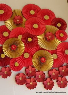 30 Best Inspiring Lunar New Year Decoration Ideas - Elevatedroom Chinese Theme Parties, Chinese New Year Party, Chinese New Year Decorations, New Years Decorations, Chinese Wedding Decor, New Year's Crafts, Diy And Crafts, Crafts For Kids, Paper Crafts