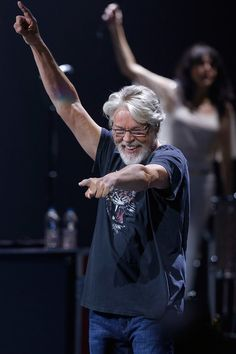 Bob Seger & The Silver Bullet Band returned to The Palace of Auburn Hills on Saturday, Sept. for the final show at the former home of the Detroit Pistons. Nancy Wilson of HEART opened the show. Photos by Ken Settle / For Digital First Media Bob Seger Songs, The Palace Of Auburn Hills, Nancy Wilson, Cool Lyrics, Silver Bullet, Willie Nelson, Living Legends, Rock Legends, Country Singers
