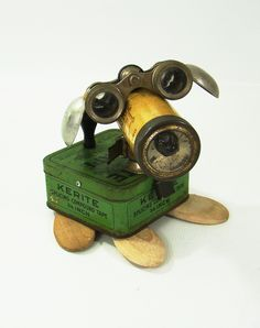 Robot dog by Bill McKenney - Bill's Retro Robots Recycled Robot, Recycled Art, Repurposed, Tin Can Art, Tin Art, Found Object Art, Found Art, Arte Robot, Retro Robot