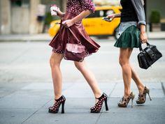 Модно: ботильоны осени 2012  http://www.domashniy.ru/article/moda-i-stil/modnaya-obuv/modno_botilony__oseni_2012.html