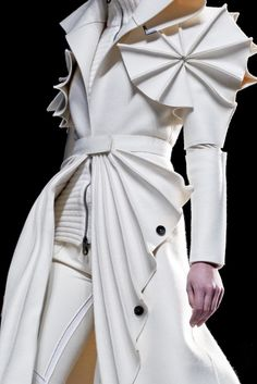 Wearable Art - dramatic white coat with manipulated fabrics & bold 3D shapes -  creative fashion design; sculptural fashion // Viktor & Rolf