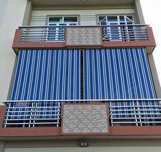 Xem 40 mẫu lan can ban công inox mặt tiền đẹp, sang trọng, hiện đại Balcony Grill Design, Balcony Railing Design, Glass Barn Doors, Metal Doors, Door Gate Design, Home Interior Design, House Design, Bed Frame, King Size