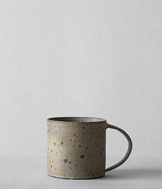 MUG CUP...  by Norikazu Oe currently working out of his studio in Gifu Prefecture, Japon